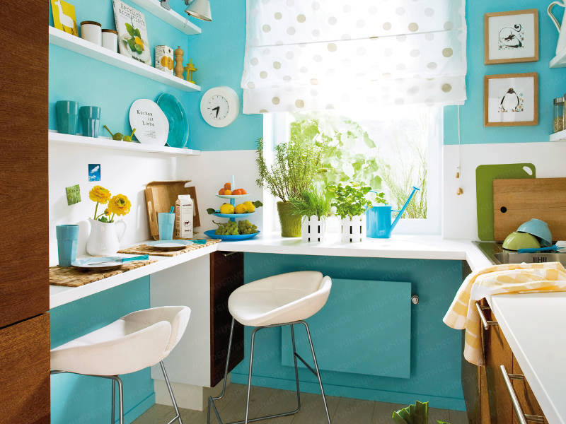 Forget Expensive Re-modelling! Cute Kitchen Items For A Brand New Look