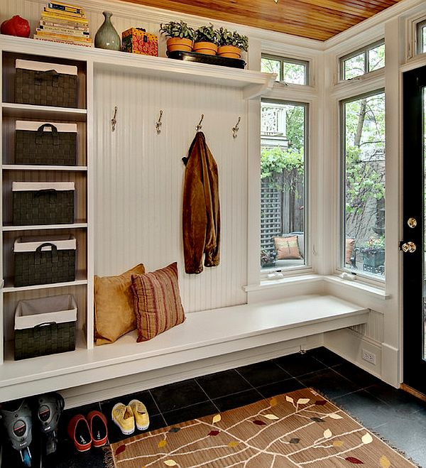 5 Basic Design Elements to Clean Up Your Mudroom Space