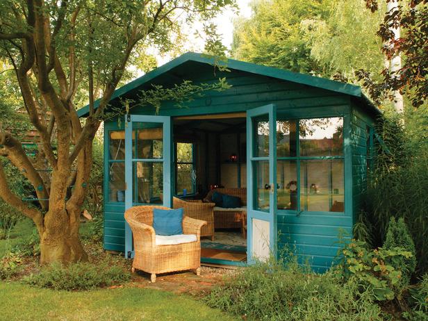 How to Create the Perfect Garden Studio