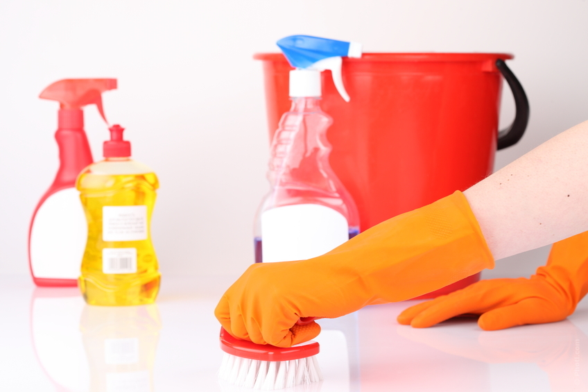 Indoor Spring Cleaning: A Handy Step-by-Step Guide