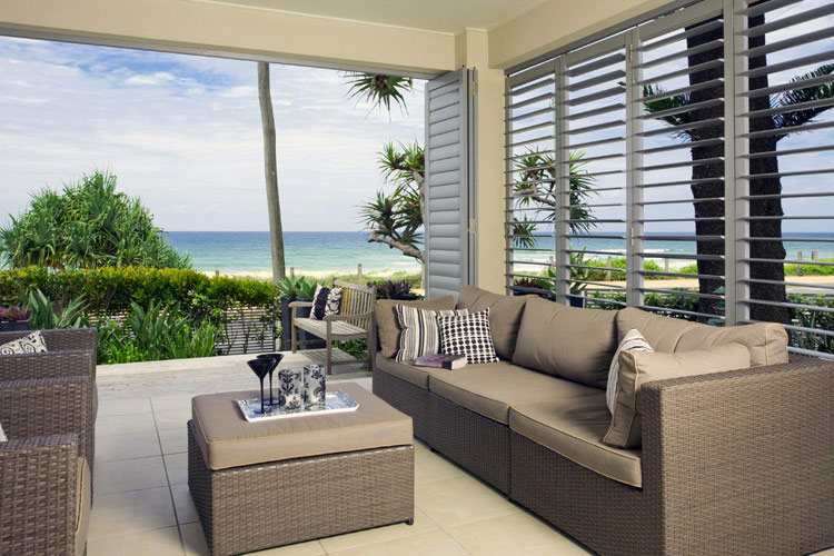 Internal or External Window Shutters : Which One To Go With?