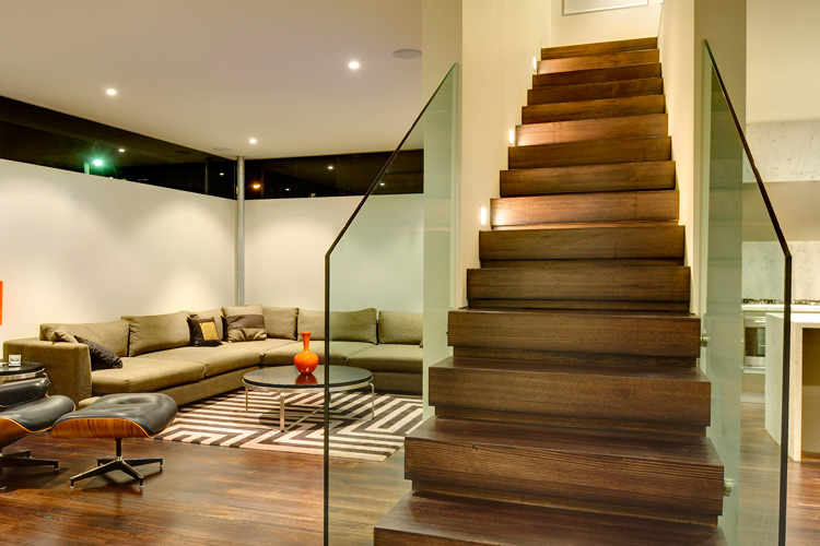 Easy Tips On Staircase Design